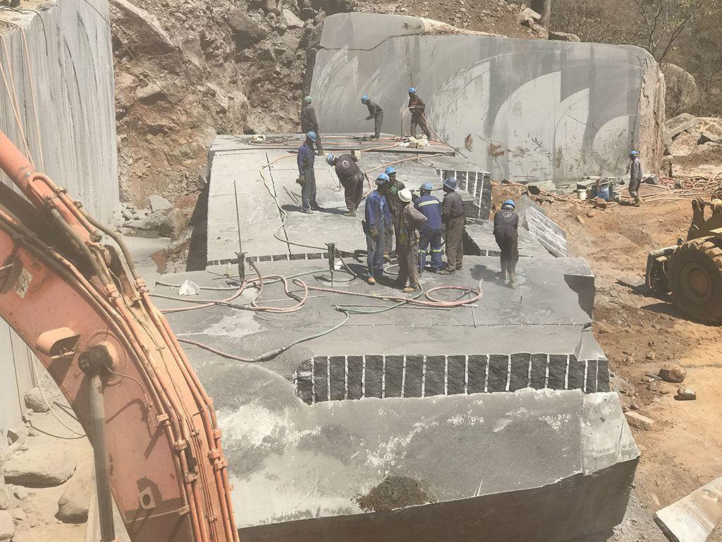 Rock Breaking Mining Blocks